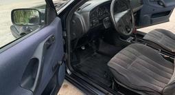 Volkswagen Passat 1993 года за 1 450 000 тг. в Тараз – фото 4