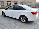 Chevrolet Cruze 2011 года за 3 790 000 тг. в Караганда