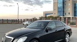 Mercedes-Benz E 200 2011 года за 7 000 000 тг. в Актау – фото 2