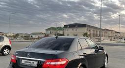 Mercedes-Benz E 200 2011 года за 7 000 000 тг. в Актау – фото 3