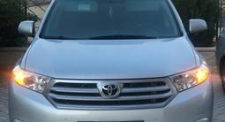 Toyota Highlander 2011 года за 10 200 000 тг. в Актау