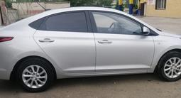 Hyundai Accent 2017 года за 5 900 000 тг. в Семей