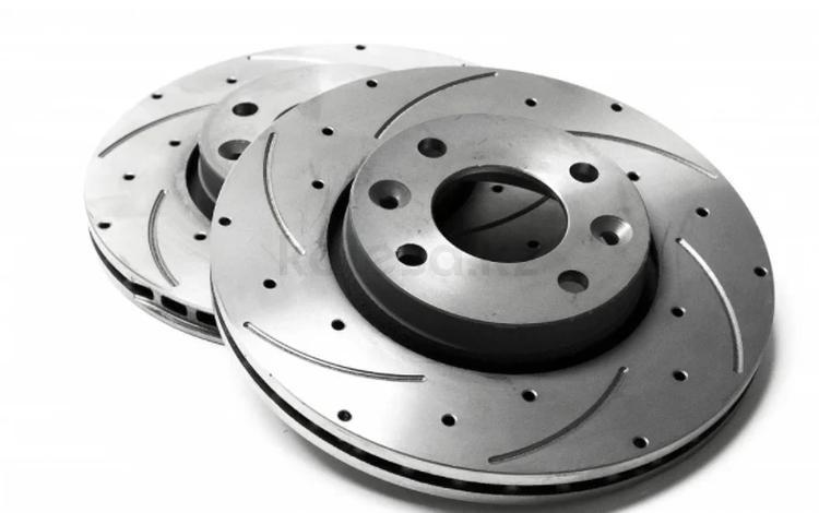 Перфорированные тормозные диски BMW за 30 000 тг. в Алматы