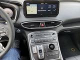Hyundai Santa Fe 2021 года за 23 000 000 тг. в Караганда – фото 5