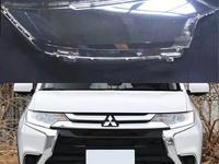 Стёкла на передние фары Mitsubishi Outlander (2016 — 2018) за 25 300 тг. в Алматы