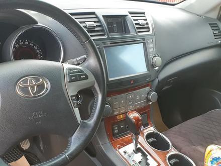 Toyota Highlander 2013 года за 12 500 000 тг. в Нур-Султан (Астана) – фото 4