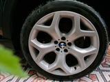Диски + шины на БМВ x5 e70, x6 e71 (BMW x5, x6) за 400 000 тг. в Алматы – фото 3