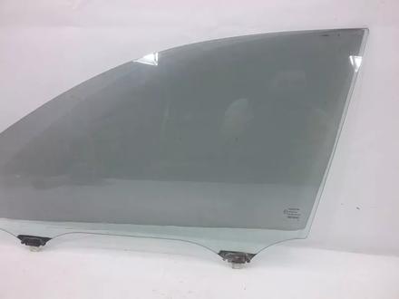 Стекло на Toyota Camry XV40 2006 2011 (Подьемное FL) (Подьемное… за 14 000 тг. в Тараз