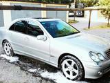 Mercedes-Benz C 230 2005 года за 4 800 000 тг. в Шымкент