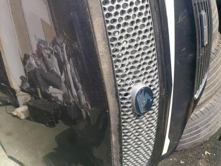 Решётка на Lexus rx300 за 777 тг. в Алматы – фото 2