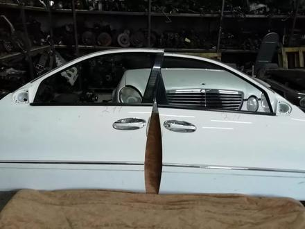 Двери на Мерседес Mercedes w211, 220 Е, S класс. Привозные… за 15 000 тг. в Алматы – фото 2