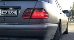 Mercedes-Benz E 55 AMG 1998 года за 6 000 000 тг. в Караганда – фото 5