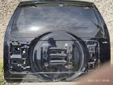 Дверь багажника на мицубиси паджеро 4 за 70 000 тг. в Караганда
