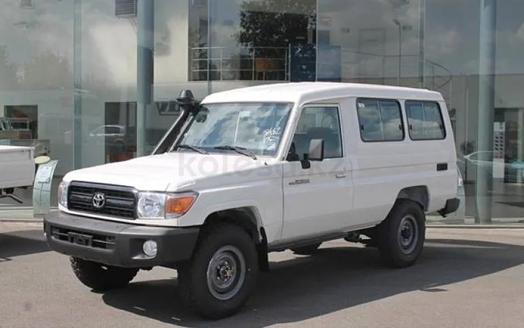 Toyota Land Cruiser 70 2019 года за 21 700 000 тг. в Уральск