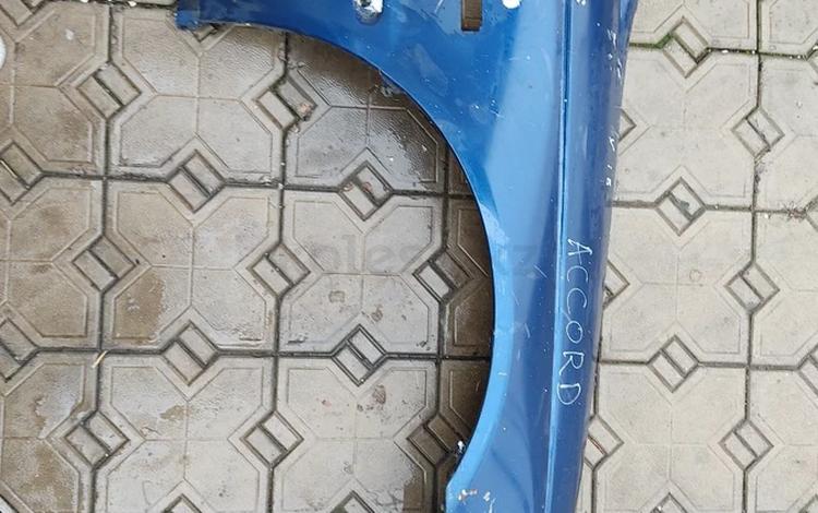 Правое крыло на Honda за 20 000 тг. в Алматы