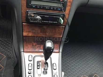 Mercedes-Benz E 270 2001 года за 3 000 000 тг. в Алматы – фото 4