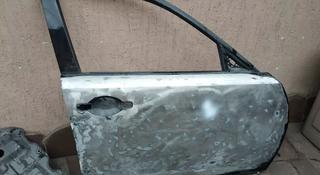 Дверь передняя правая за 1 111 тг. в Алматы