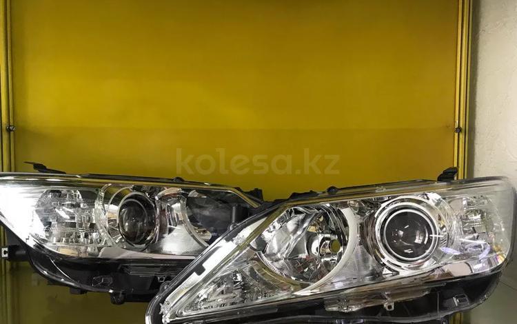 Фары на Toyota Camry 50 Бу Оригинал в Шымкент