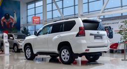 Toyota Land Cruiser Prado Comfort Plus 2021 года за 25 850 000 тг. в Алматы – фото 3