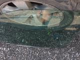 W210 водительское стекло за 5 000 тг. в Петропавловск – фото 4