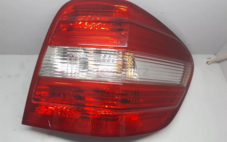 Задние фонари НА Mercedes-Benz ML 350 2005 года за 1 215 тг. в Нур-Султан (Астана)