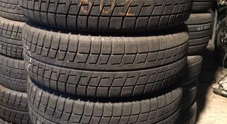 Резина зимняя 215/60 R16 Bridgestone за 63 000 тг. в Алматы