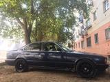 BMW 520 1990 года за 850 000 тг. в Актобе – фото 2