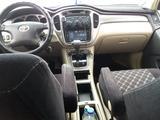 Toyota Highlander 2002 года за 4 300 000 тг. в Актау – фото 5
