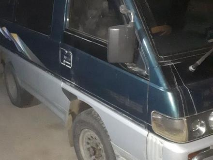 Mitsubishi Delica 1995 года за 1 600 000 тг. в Алматы – фото 2