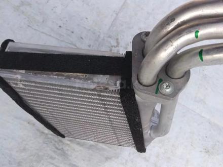 Радиатор отопителя Land Rover Range Rover l322 за 40 000 тг. в Алматы
