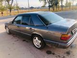Mercedes-Benz E 200 1992 года за 1 800 000 тг. в Алматы – фото 2