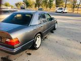 Mercedes-Benz E 200 1992 года за 1 800 000 тг. в Алматы – фото 3