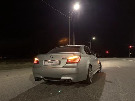 BMW M5 2005 года за 10 000 000 тг. в Тараз – фото 2