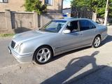 Mercedes-Benz E 280 2000 года за 3 900 000 тг. в Шымкент – фото 2