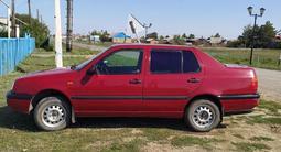 Volkswagen Vento 1993 года за 1 300 000 тг. в Денисовка – фото 2