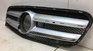 Решетка радиатора Mercedes-Benz GLA за 111 111 тг. в Алматы