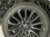 Диски с зимней резиной (колеса) на Range Rover Autobiography за 2 000 000 тг. в Алматы
