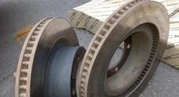 Тормозные диски от Lexus LX570 за 15 500 тг. в Алматы