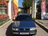 Volkswagen Passat 1993 года за 1 400 000 тг. в Караганда