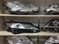 Фара правая Toyota Camry 70 за 300 000 тг. в Костанай