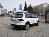 Volkswagen Tiguan Respect (2WD) 2021 года за 13 890 000 тг. в Костанай – фото 5