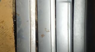 Молдинги ваз 2114 за 3 500 тг. в Костанай