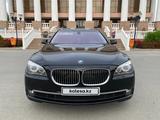 BMW 740 2014 года за 14 000 000 тг. в Атырау – фото 5