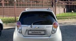 Chevrolet Spark 2010 года за 2 750 000 тг. в Шымкент – фото 4