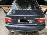BMW 528 1999 года за 4 200 000 тг. в Алматы – фото 2