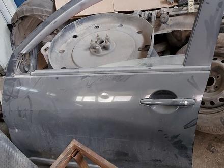 Дверь Mitsubishi outlander за 45 000 тг. в Алматы