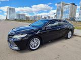 Toyota Camry 2018 года за 13 600 000 тг. в Нур-Султан (Астана)