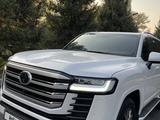 Toyota Land Cruiser 2021 года за 60 000 000 тг. в Алматы – фото 3