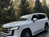 Toyota Land Cruiser 2021 года за 60 000 000 тг. в Алматы – фото 4