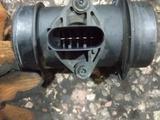 Расходомер воздуха Мерседес 210, 2.3 за 30 000 тг. в Караганда – фото 3